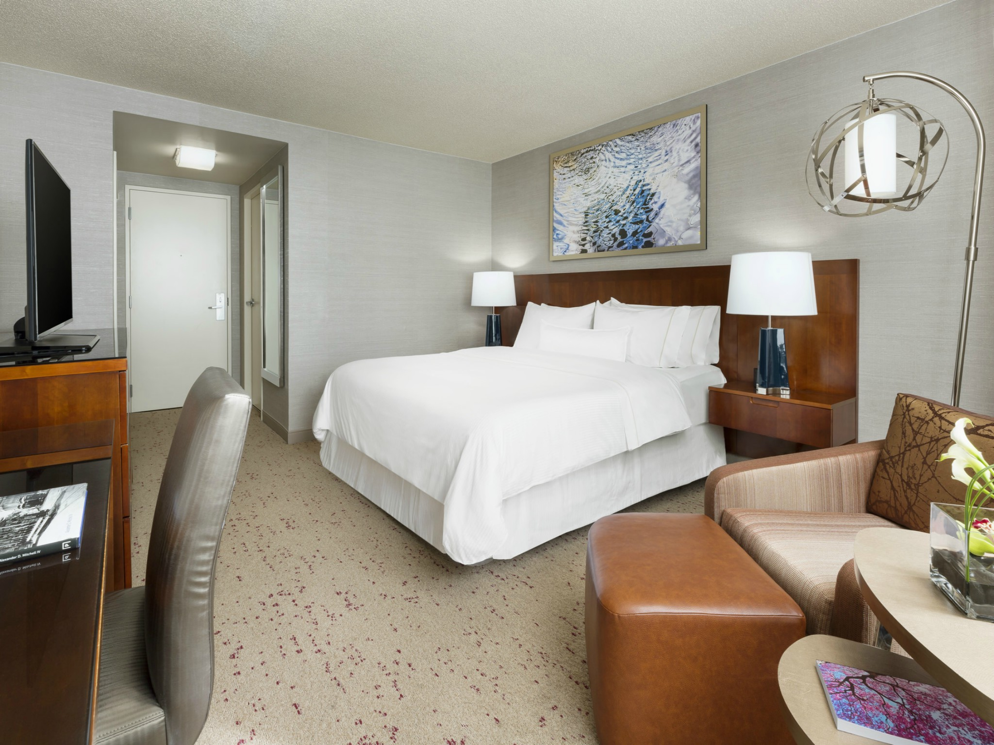 The Westin Arlington Gateway King Guestroom